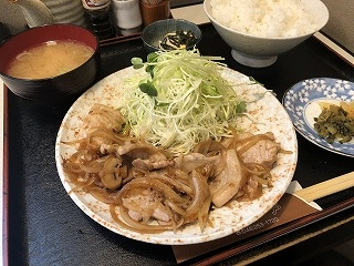 Tonkitei001